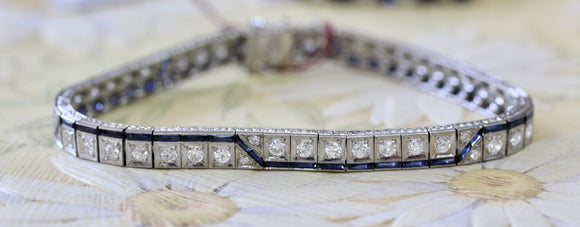Beautiful ~ VINTAGE  Diamond Bracelet , Circa early 1900's