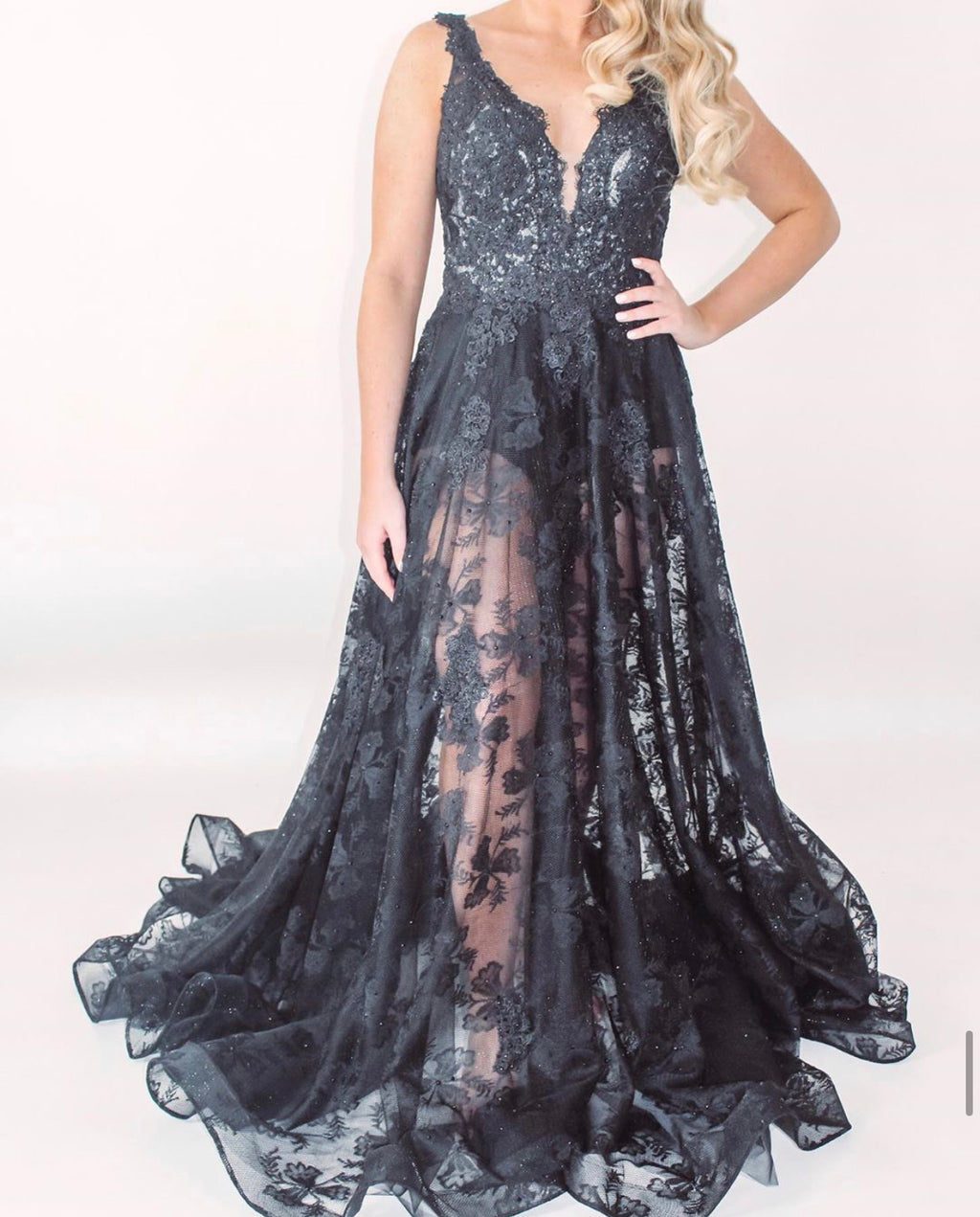 JVN Same Gown - Black