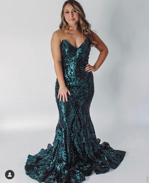Jovani Sample Gown - Black/Green