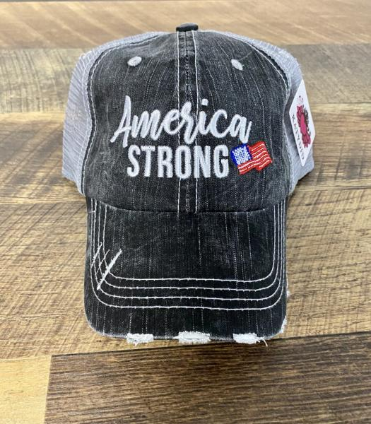 TRUCKER HAT-AMERICA STRONG
