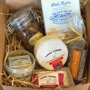 Mother's Day Box: Goat Cheese and Treats