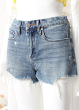 Load image into Gallery viewer, denim shorts-fray hem