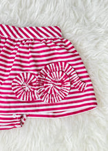 Load image into Gallery viewer, girls set - tee & stripe skirt