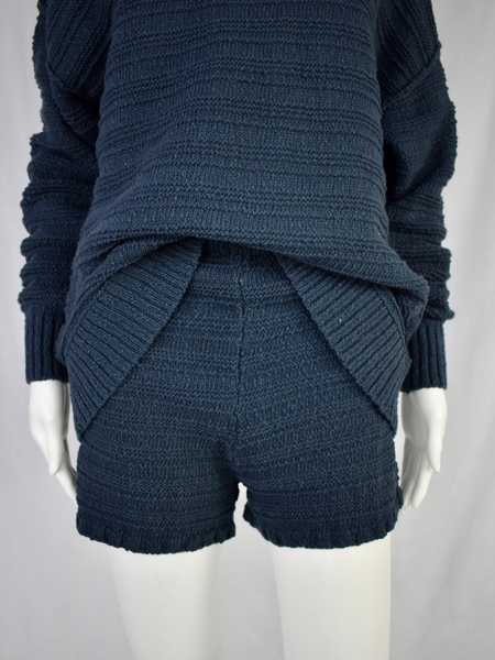 l/s sweater & shorts set