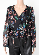 Load image into Gallery viewer, black floral blouse
