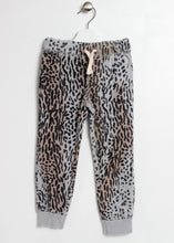 Load image into Gallery viewer, leopard fleece jogger-girls