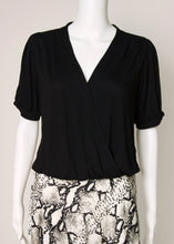 Load image into Gallery viewer, short sleeve surplice jersey top