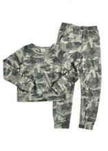 Load image into Gallery viewer, girls cozy camo jogger