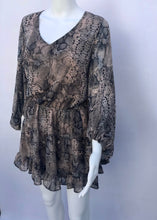 Load image into Gallery viewer, snake print chiffon dress