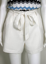 Load image into Gallery viewer, tie waist soft shorts-white