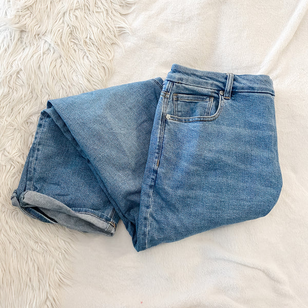 American Eagle Curvy Mom Jeans - 20