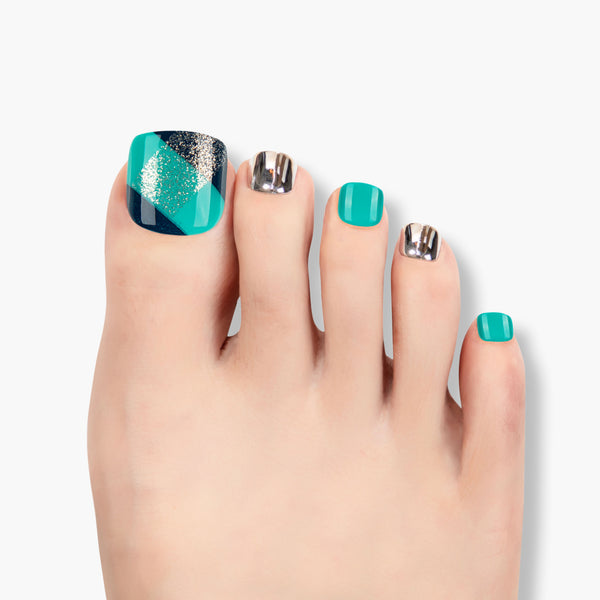 alldashing Blue Indulgence press on nails pedicure
