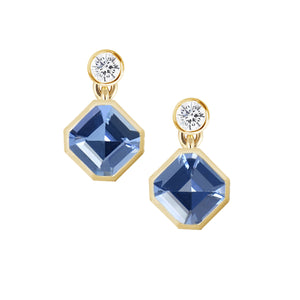 Light blue sapphire studs earrings shown from the front. Asscher cut sapphires with diamonds in bezel setting. Fine designer jewelry made in Montreal by K8 Jewelry Bijoux.