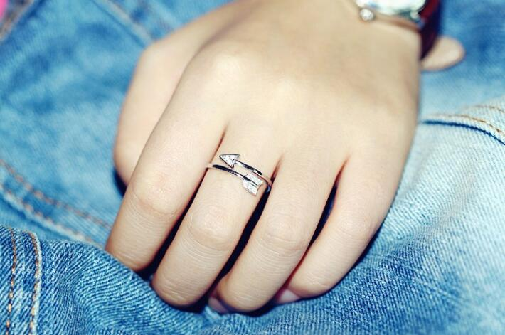 Infinity Silver Arrow Crystal Ring