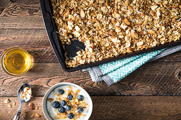 Toasted Granola with Almonds