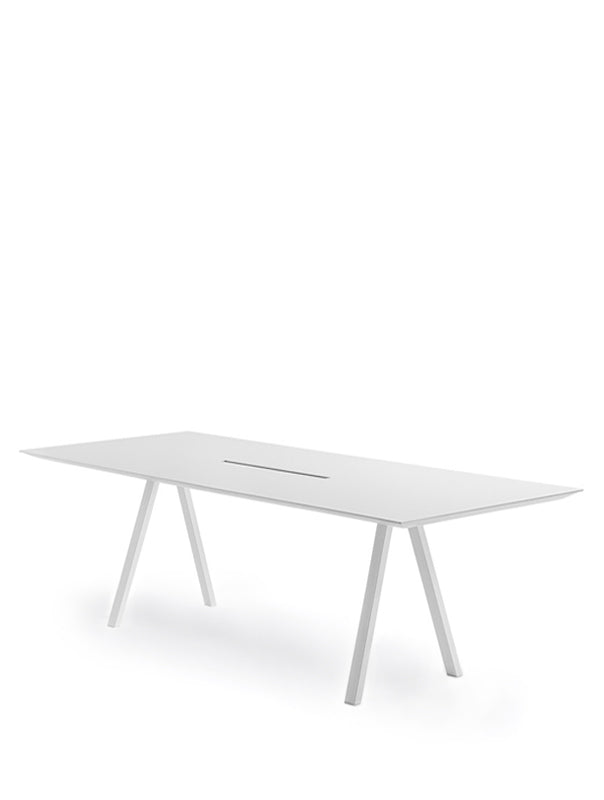 Arki Table CC