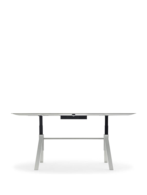 Arki Table Adjustable