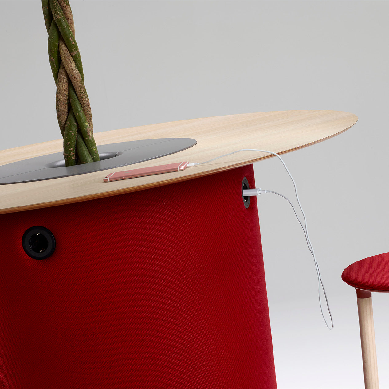 Offecct On Point Meeting Bench Height Tables