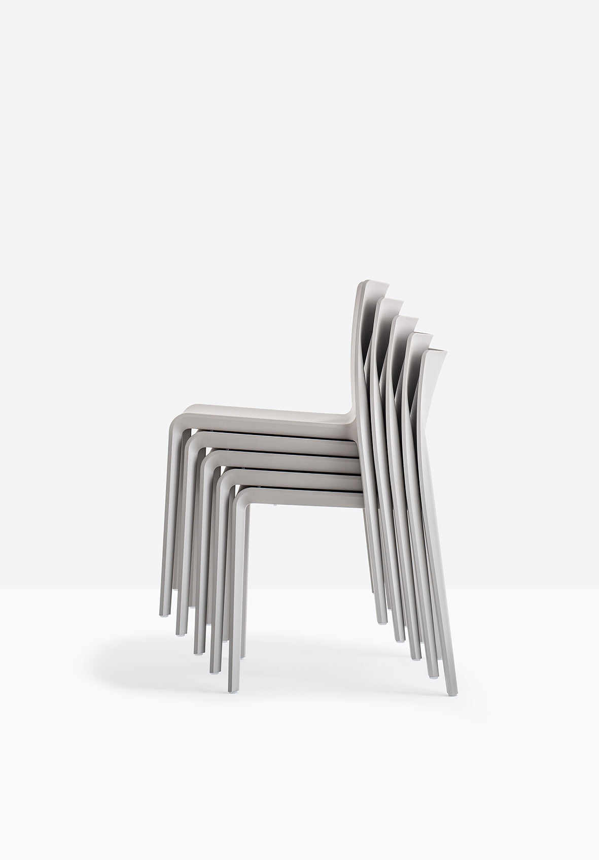 Pedrali Volt 670 Outdoor Chair