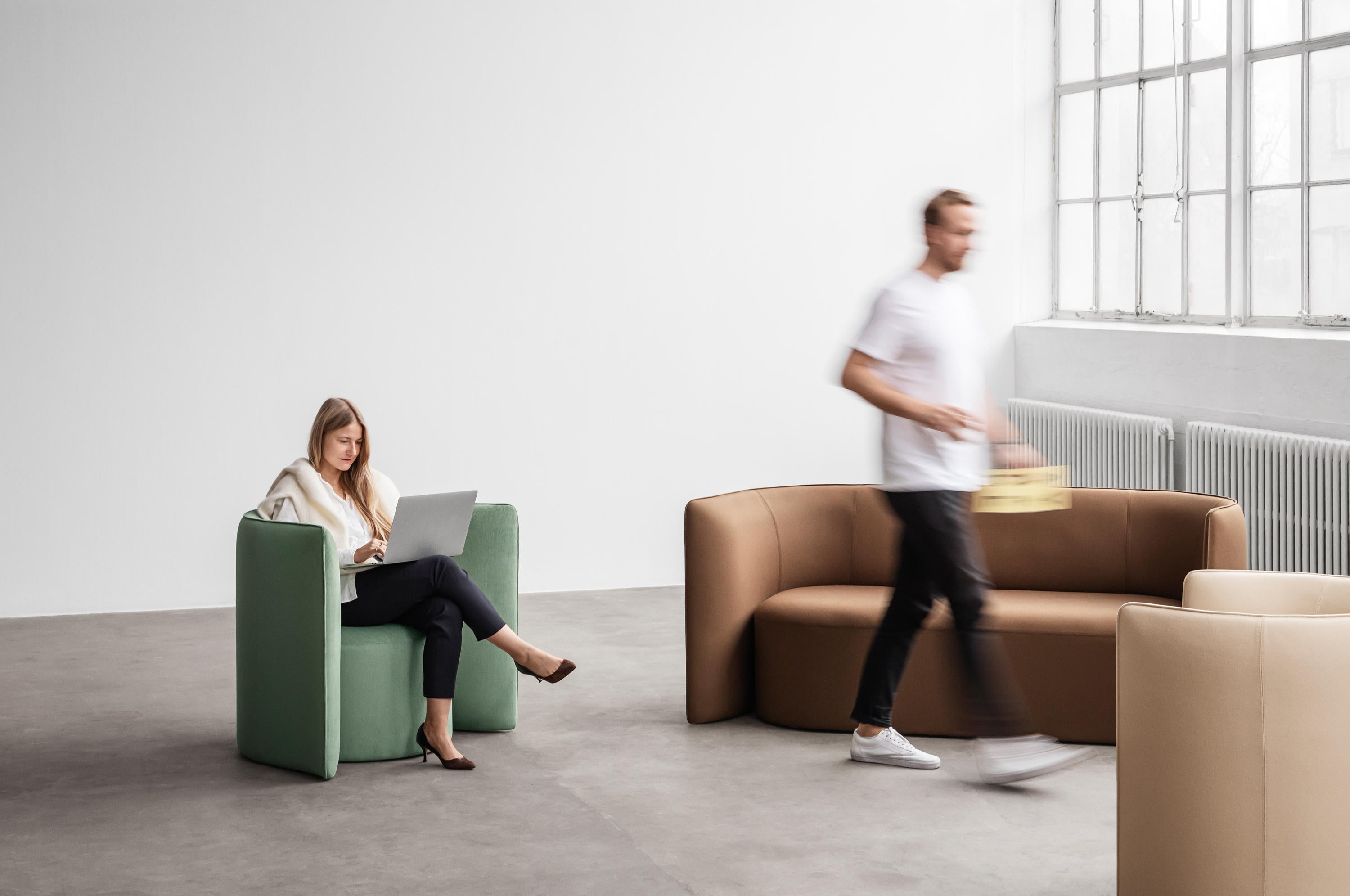+Halle Proto Low In Soft Easy Chair