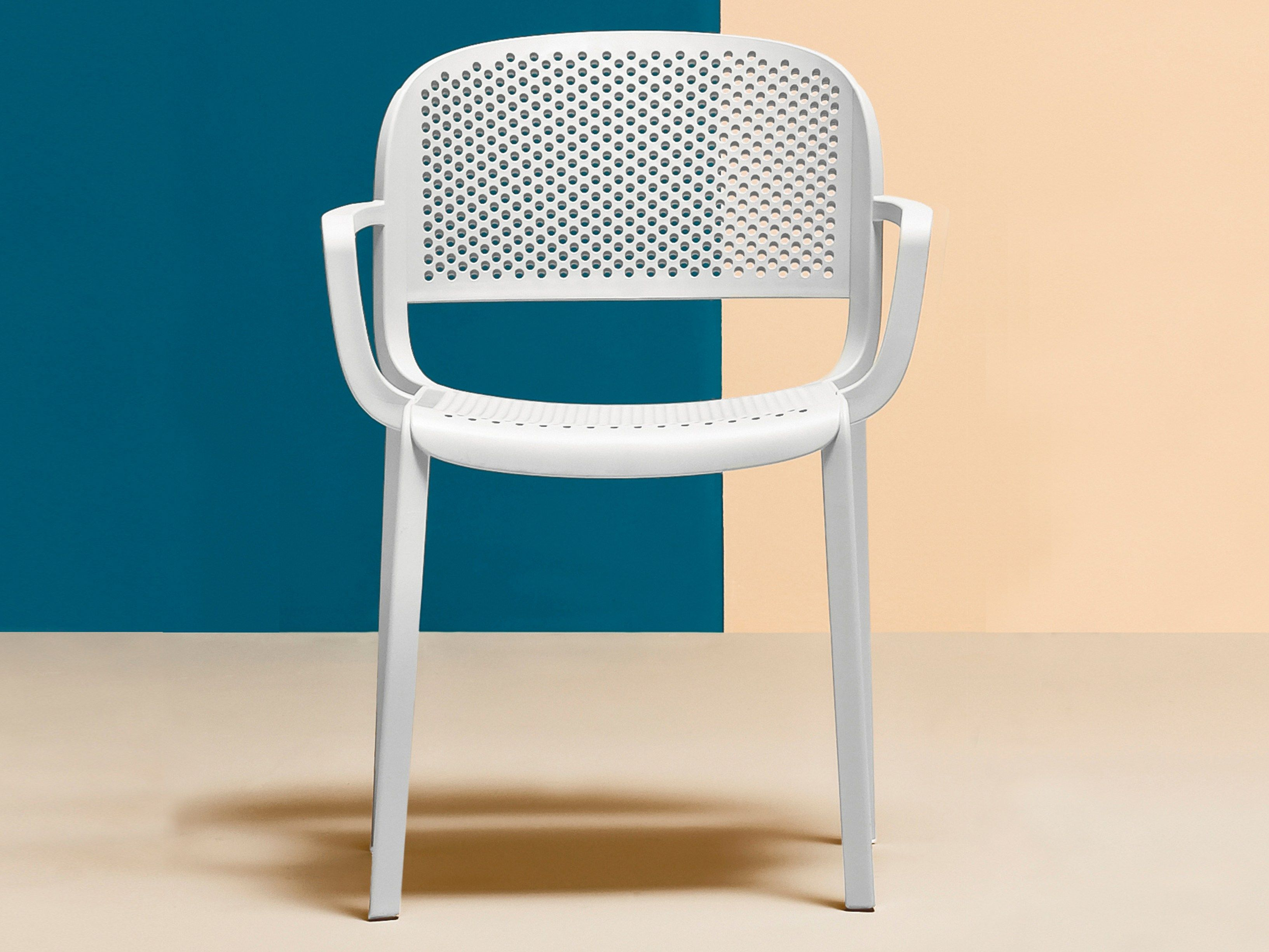 Pedrali Dome 266 Stackable Outdoor Arm Chair