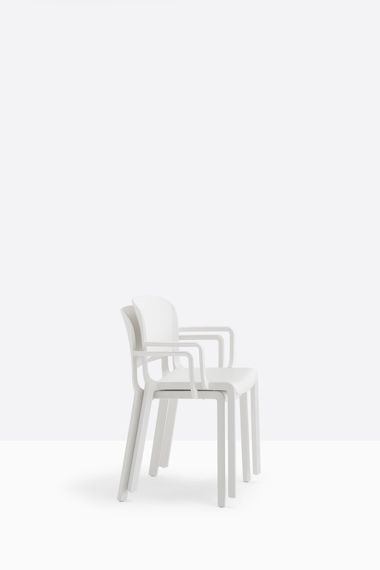 Pedrali Dome 265 Stackable Outdoor Arm Chair