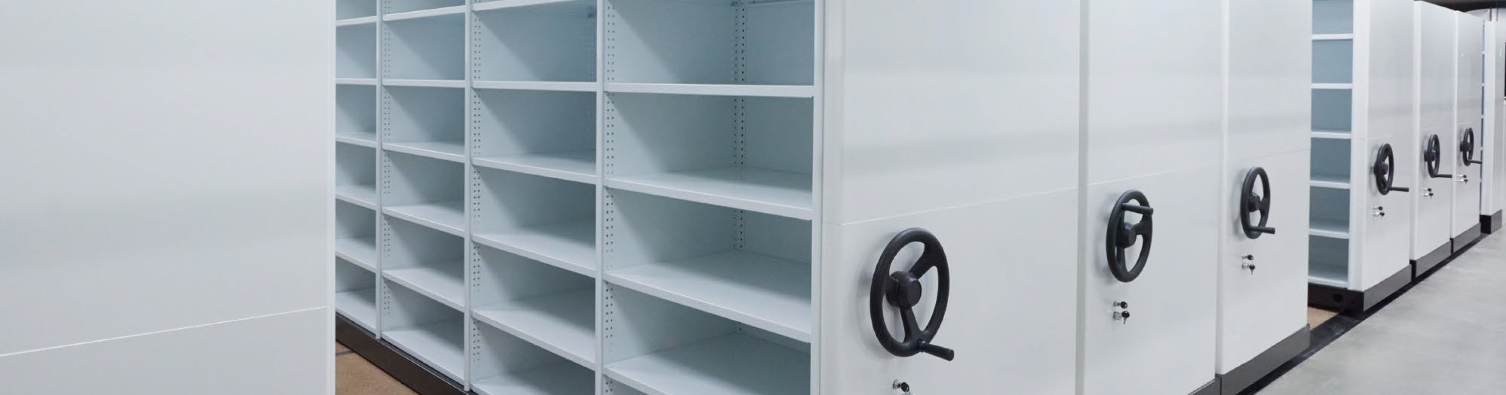 APC Ezi-Drive Mobile Shelving Storage Unit