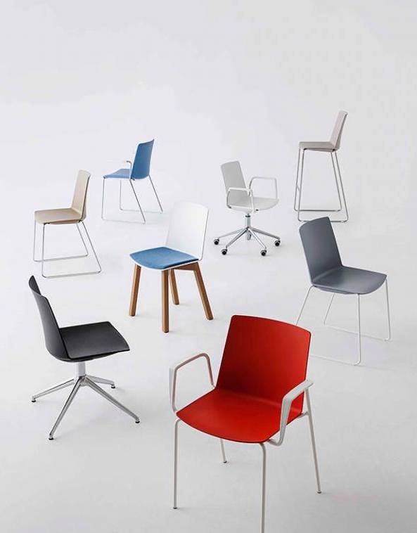 Chair Solutions Jubel Timber Leg Chair