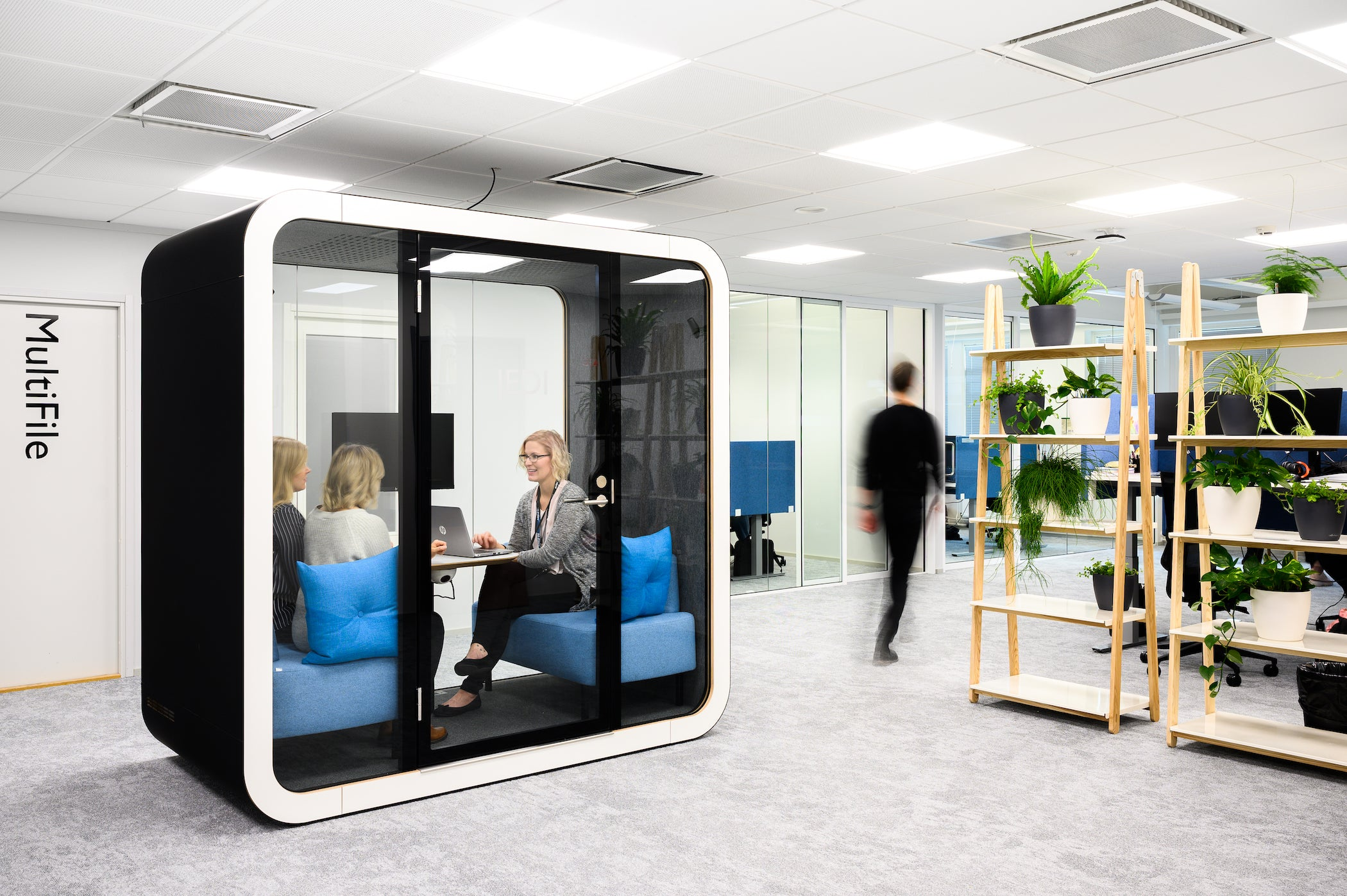 Framery Q Meeting Booth Acoustic Pod