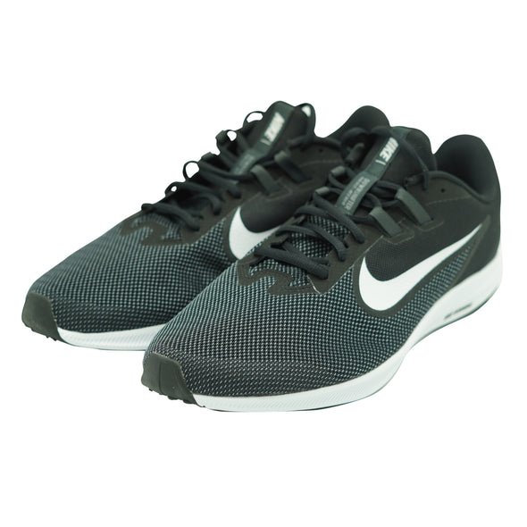 Nike Men's Revolution 5 Running Athletic Shoes Black Size 11 Wide 4E