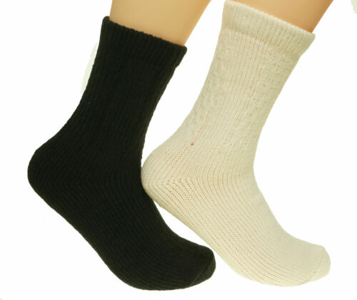 Alexa Rose Women's Cable Polytam Crew Socks Black and Cream 2 Pack