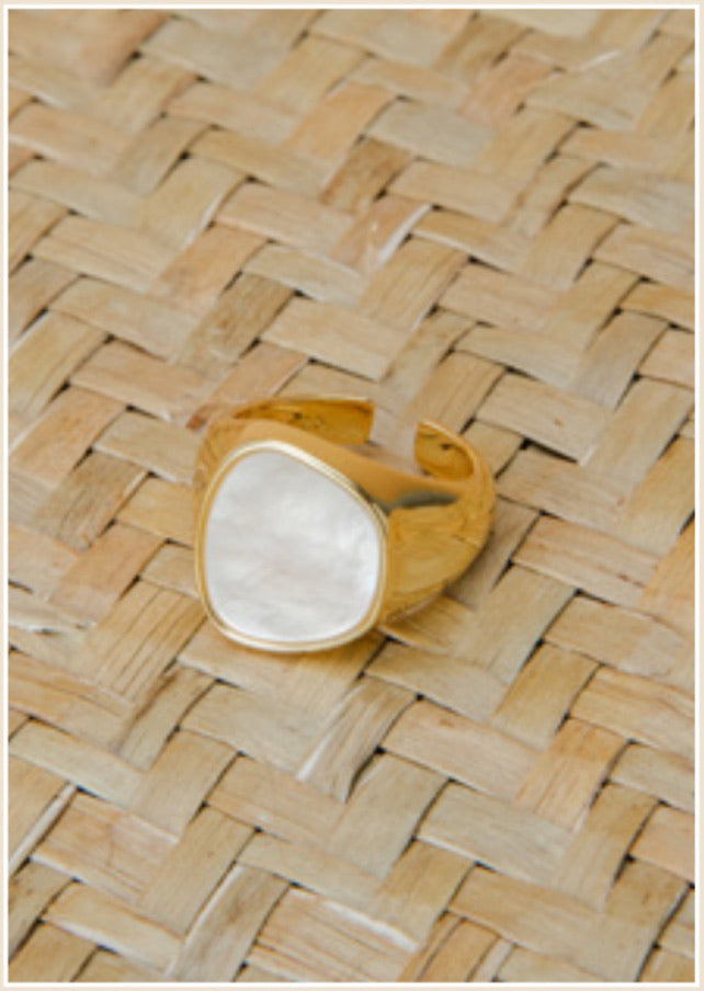 Margot Mother of Pearl Ring