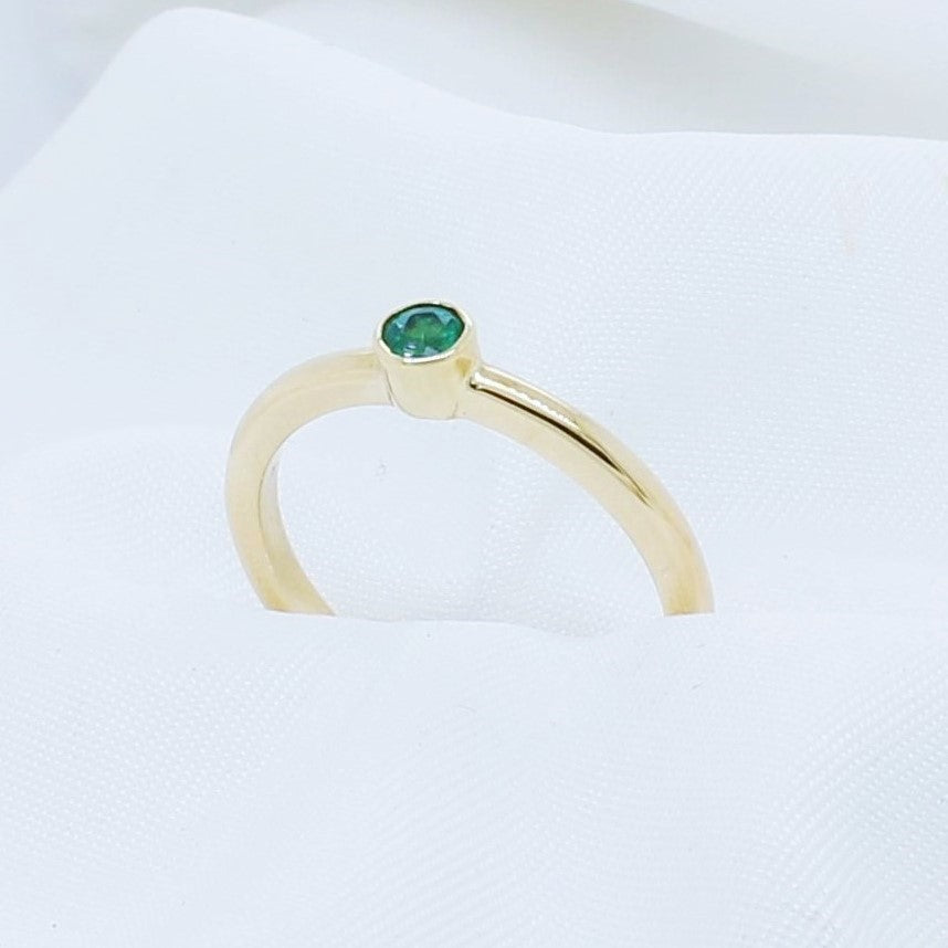 EGS - 9K Yellow Gold Stacking Emerald Ring - The French Door Jewellers
