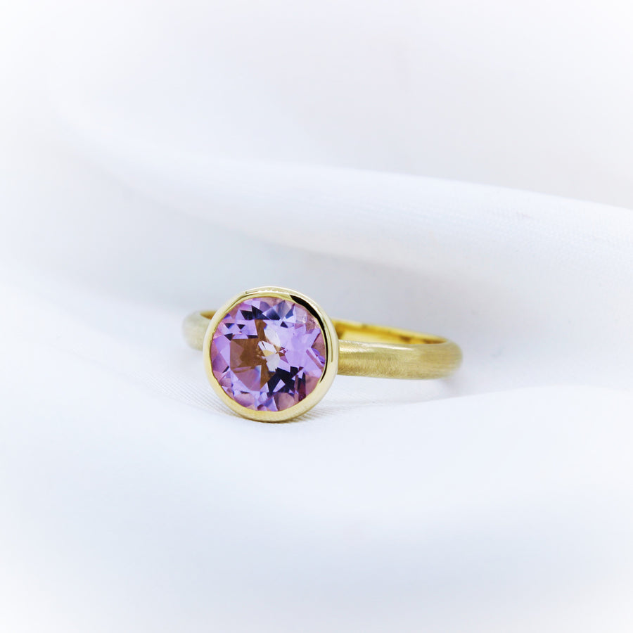 14k Yellow Gold Pink Amethyst Ring - The French Door Jewellers