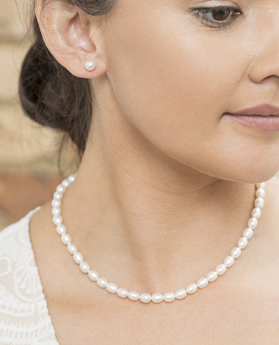 White Oval Freshwater Pearl Strand