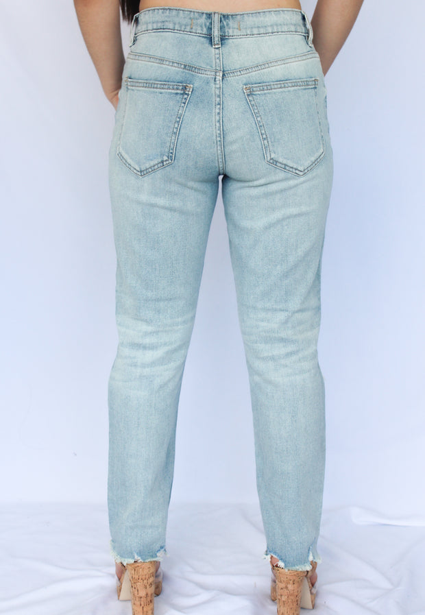 ALLY STRAIGHT CROP DENIM - Nouveau Marketplace