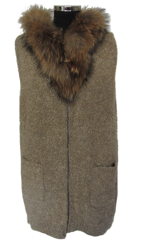 Hooded, knitted, Sleeveless Top, Raccoon Fur Trim