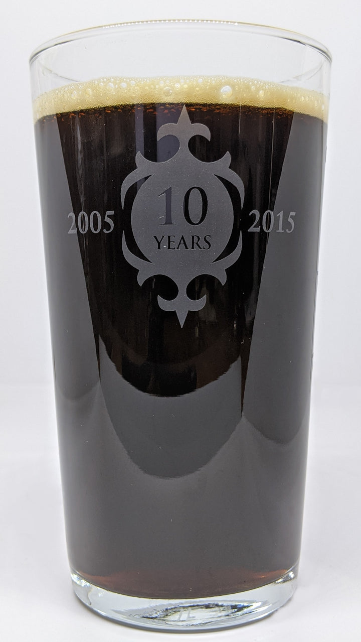 VASO THORNBRIDGE 10 YEARS PINT GLASS - CebadaMalteada