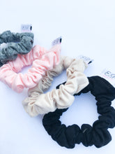 Load image into Gallery viewer, Black+Nude Mini Scrunchie Duo
