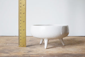 Smaller Tripod Dish in Rustic White