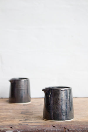 Straight-sided Jug in Metallic Black