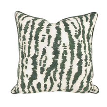 Load image into Gallery viewer, Green Jungle Cushion