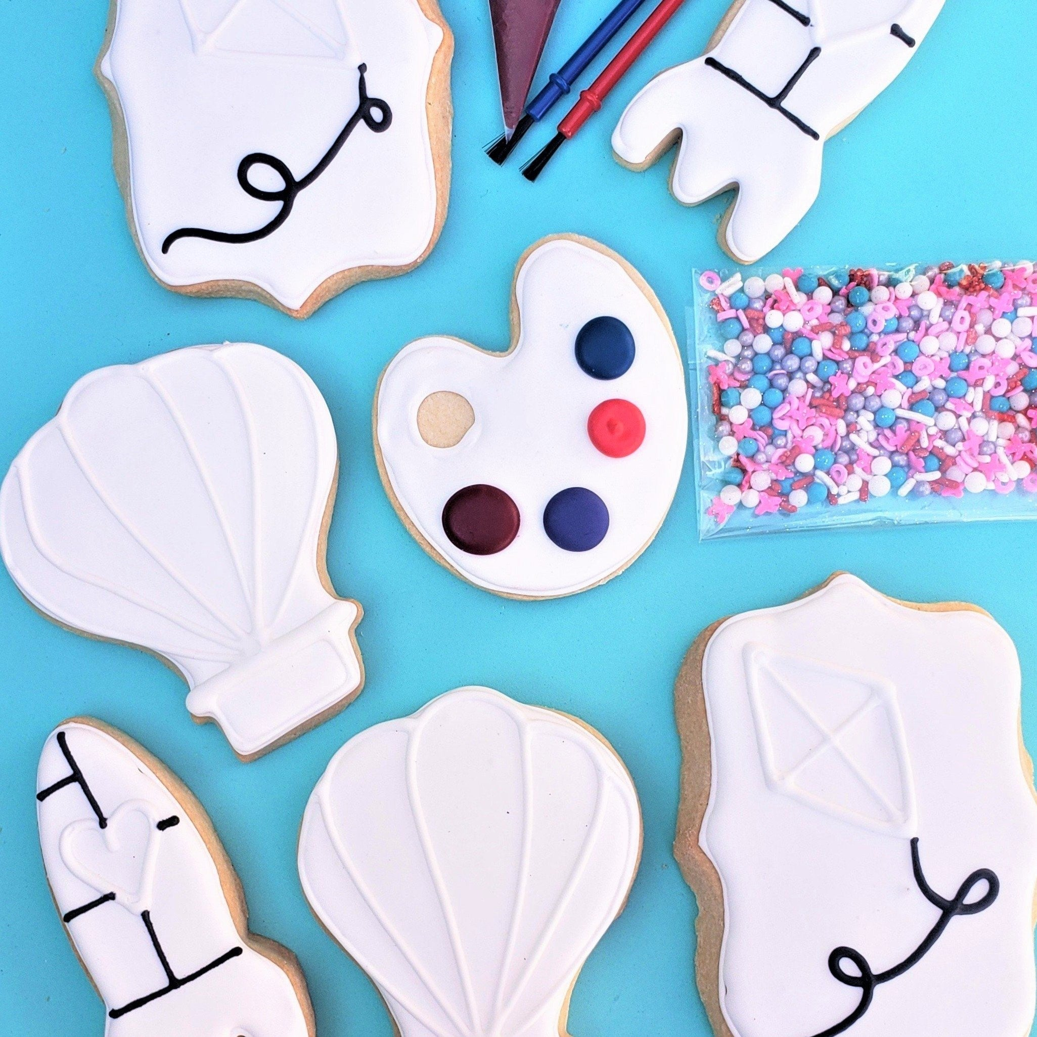 Color My Cookie: Love is in the Air Valentine's Day Cookie Decorating Kit