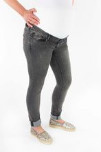 Laden Sie das Bild in den Galerie-Viewer, SUPERMOM - Jeans Skinny