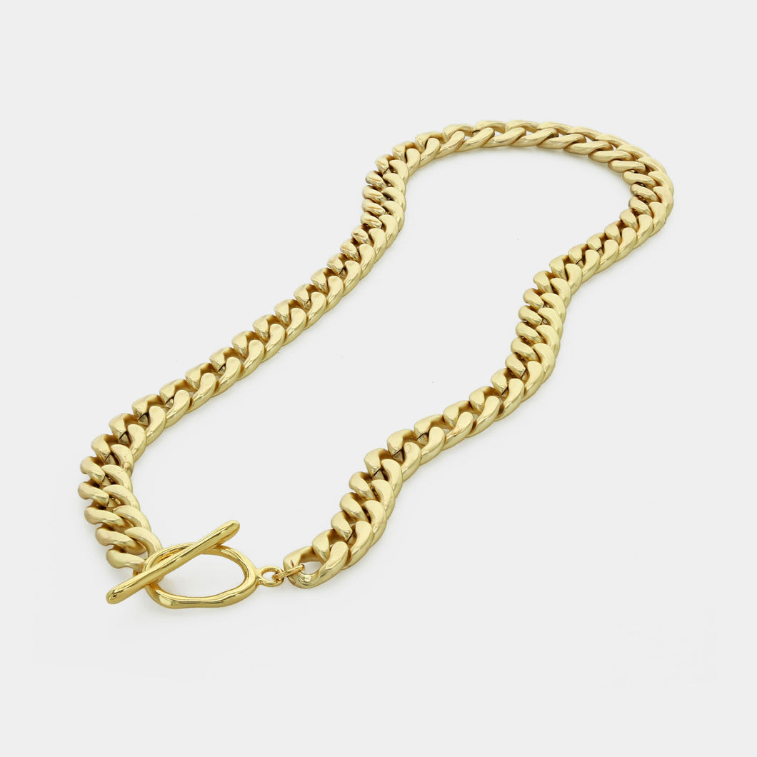 Chunky Chain With Toggle