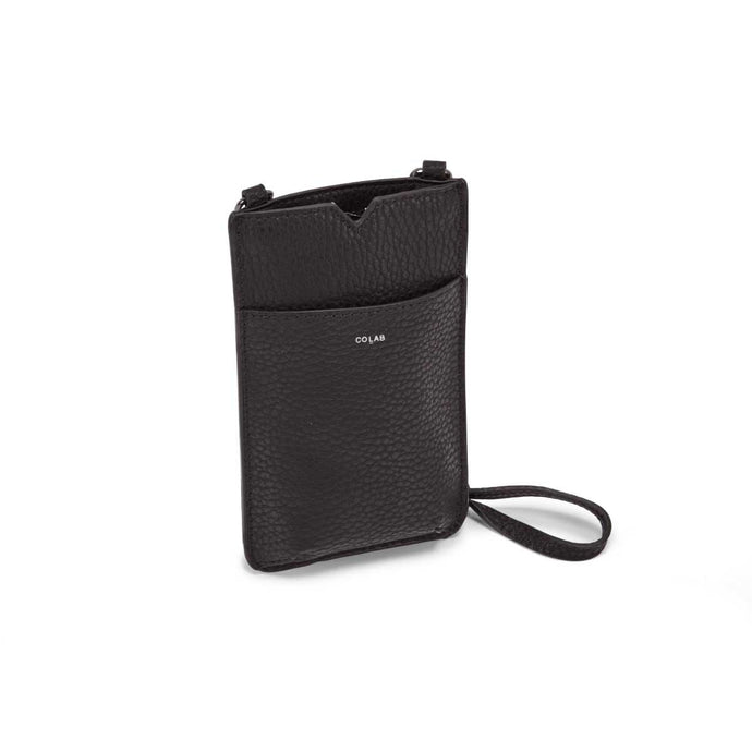 Pebble Large Tech Crossbody - BLACK
