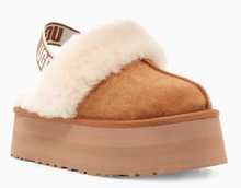 Load image into Gallery viewer, Slingback Platform Sheepskin Sandal - CHESTNUT