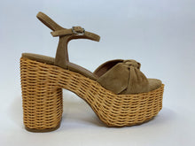 Load image into Gallery viewer, Wicker Platform Sandal