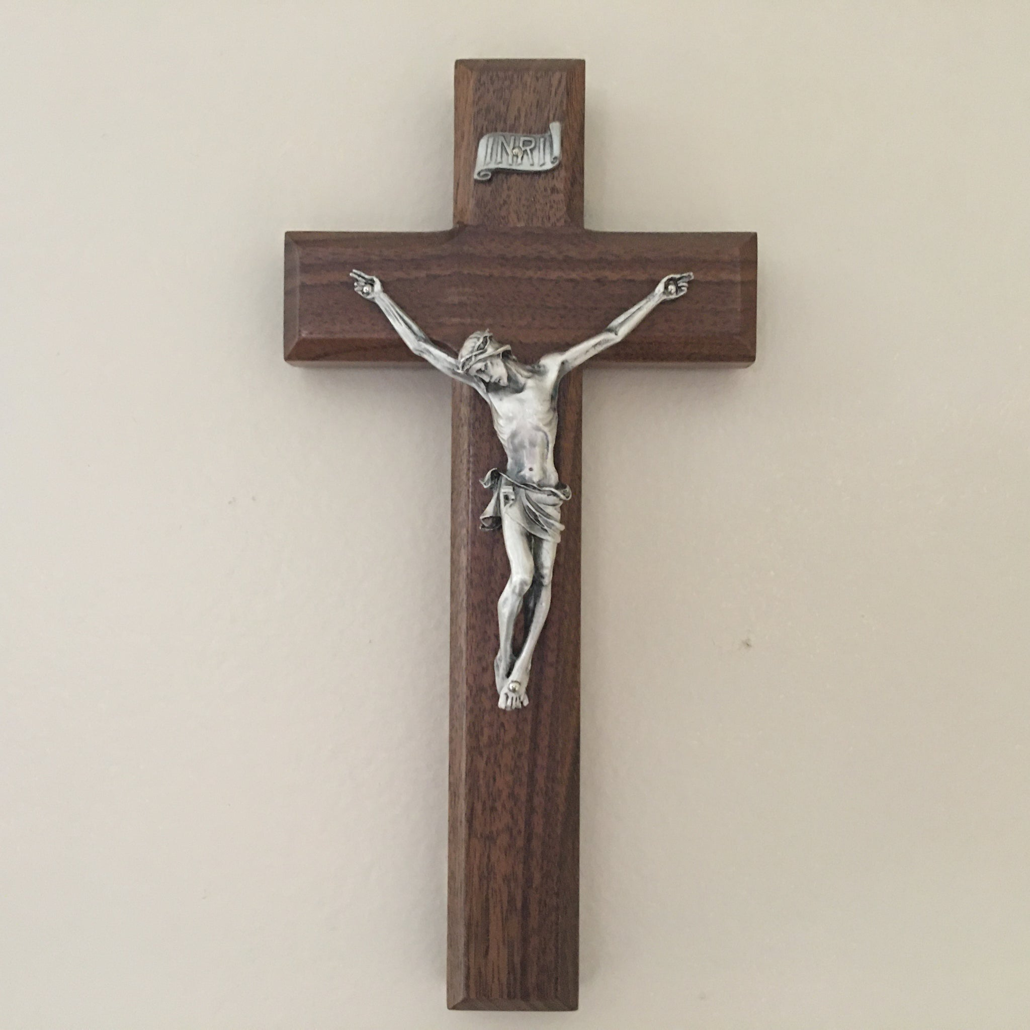 Walnut Crucifix 9 Inch