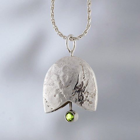 AD 08. Sterling Birthstone Cancer Bell, August Peridot